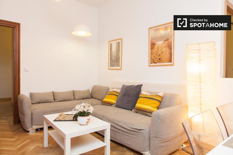 Apartamento de 4 quartos para alugar em La Latina, Madrid