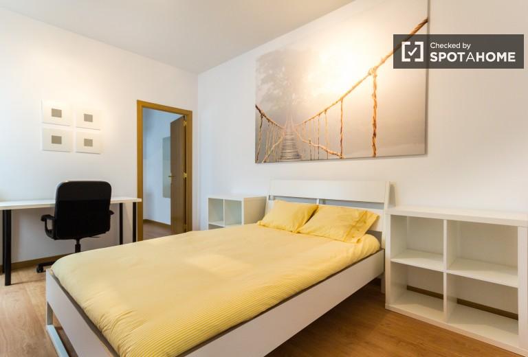 Bedroom 4 Magna