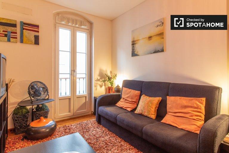 Apartamento de 2 quartos para alugar em Graça e São Vicente, Lisboa