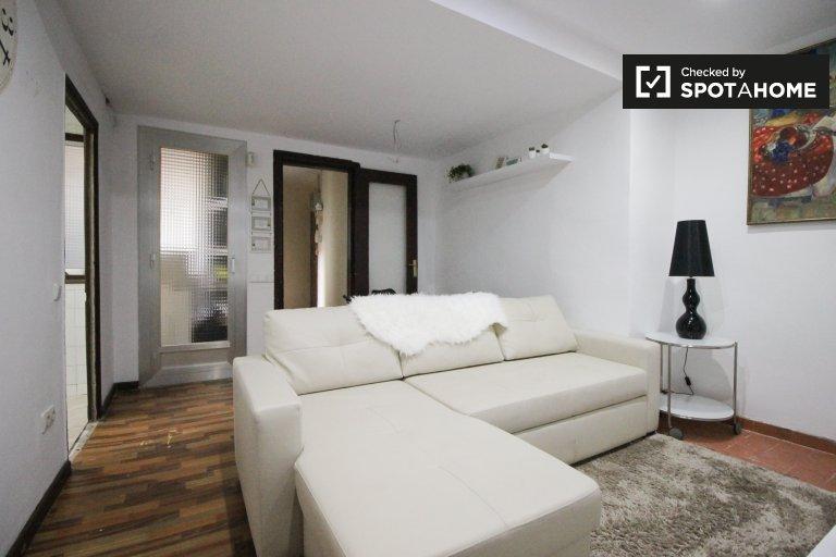 Kiralık Mobilyalı oda, 2 yatak odalı daire, El Raval