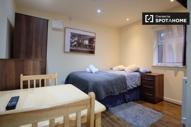 Estúdio para alugar em Willesden Green, Londres