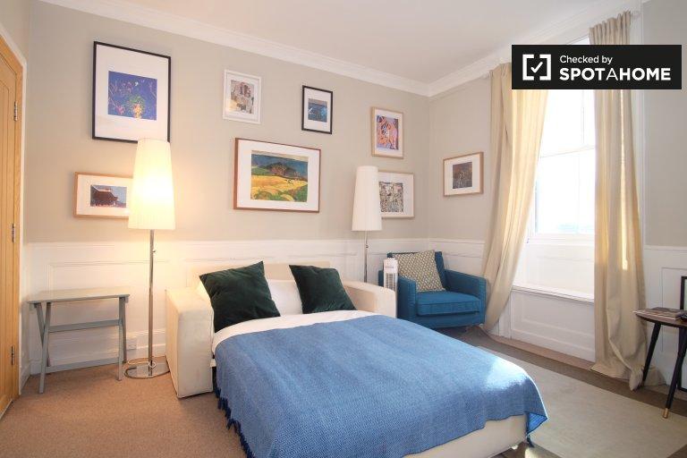 Modern studio apartment to rent in Camden, Lonodn