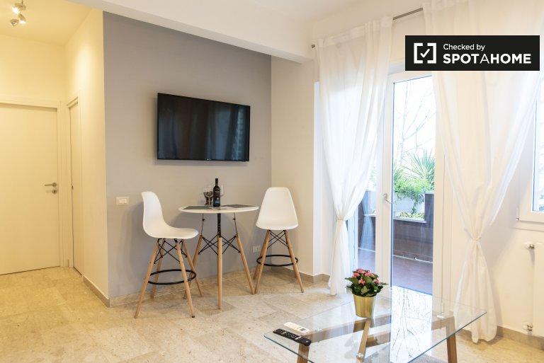 Elegante apartamento de 1 dormitorio en alquiler en Monte Sacro, Roma