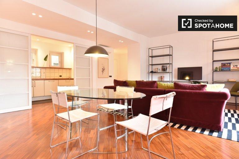 Elegant 3-bedroom apartment for rent in Monteverde, Rome