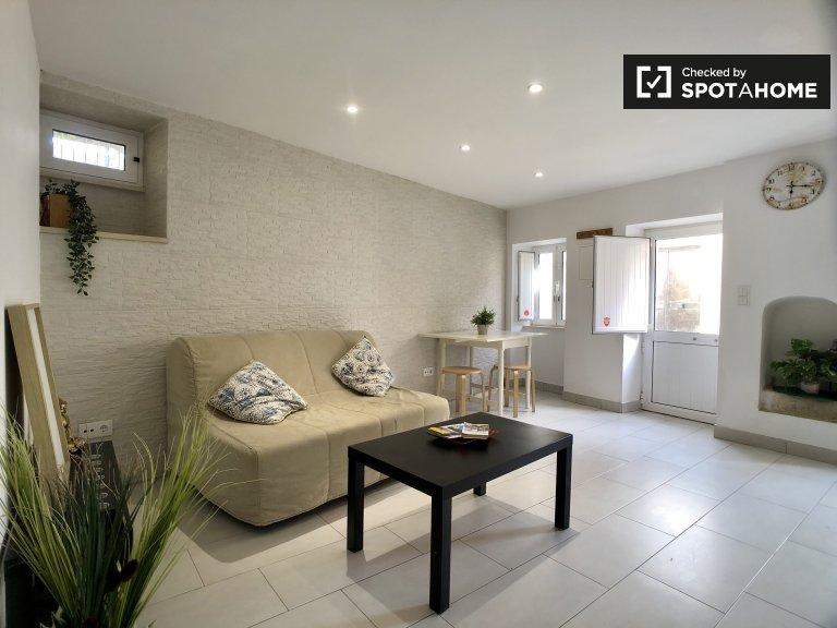 Gepflegte 1-Zimmer-Wohnung zur Miete in Graça, Lissabon
