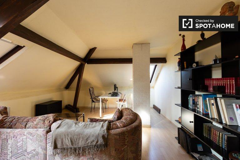 Soleado apartamento de 1 dormitorio en alquiler en Overijse, Bruselas