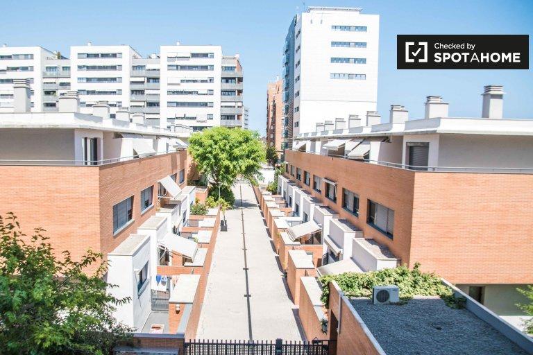 2-pokojowe mieszkanie do wynajęcia w Benimaclet, Valencia
