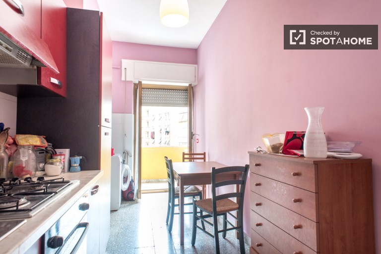 Single Bed in Rooms for rent in shared 3-bedroom apartment in San Giovanni, Rome