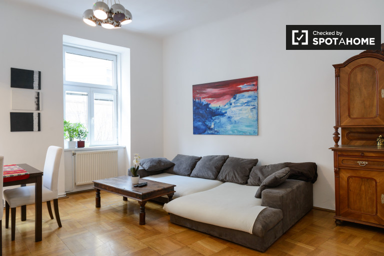 Stylish, comfy 2-bedroom apartment in Mariahilf, close to Westbahnhof
