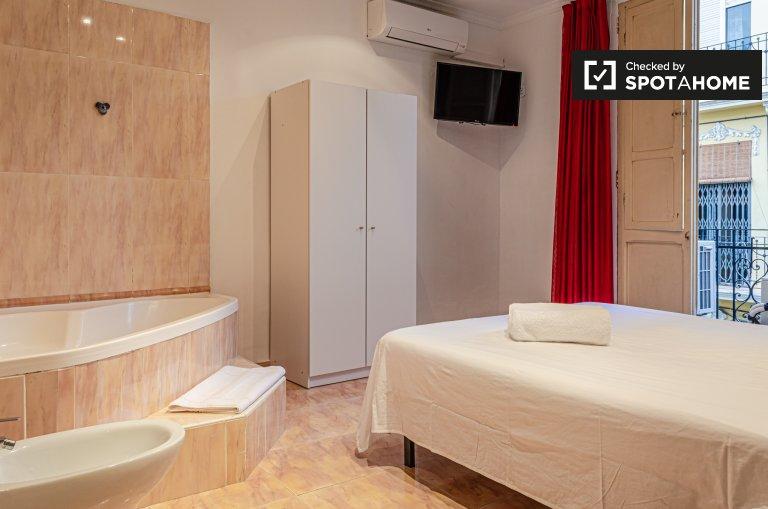 Se alquila habitación doble, apartamento de 6 dormitorios, Quatre Carreres