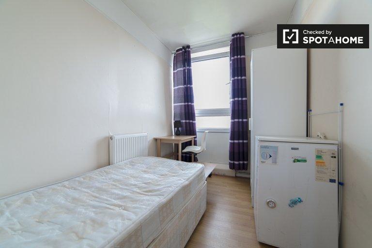 Chambre lumineuse dans un appartement partagé à Tower Hamlets, Londres