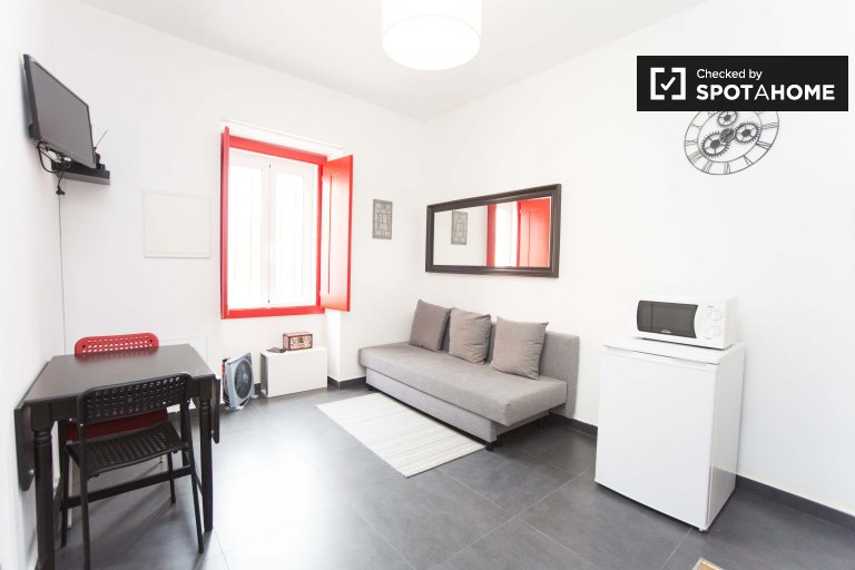Cozy 1-bedroom apartment for rent in Ajuda, Lisbon