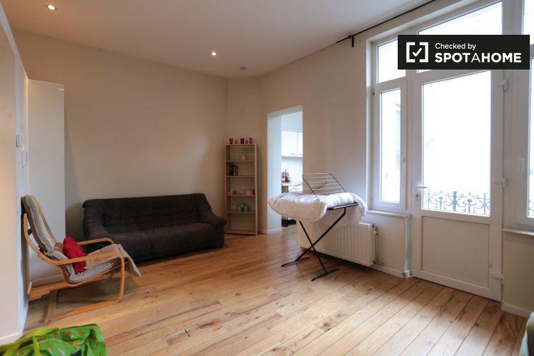 Geräumige 1-Zimmer-Wohnung zu vermieten - Barrière, Brüssel