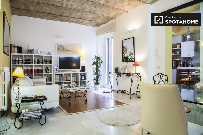 appartement de 2 chambres à louer in Trastevere, Rome