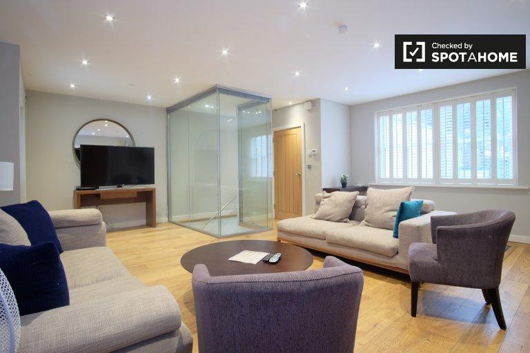 Maison de 5 chambres à louer à City of Westminster, Londres