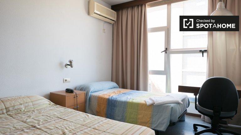 Quarto de banho em grande residência em Ciudad Universitaria
