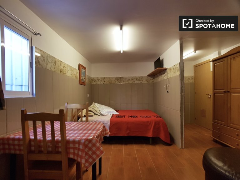 Studio apartment for rent in L'Hospitalet de Llobregat