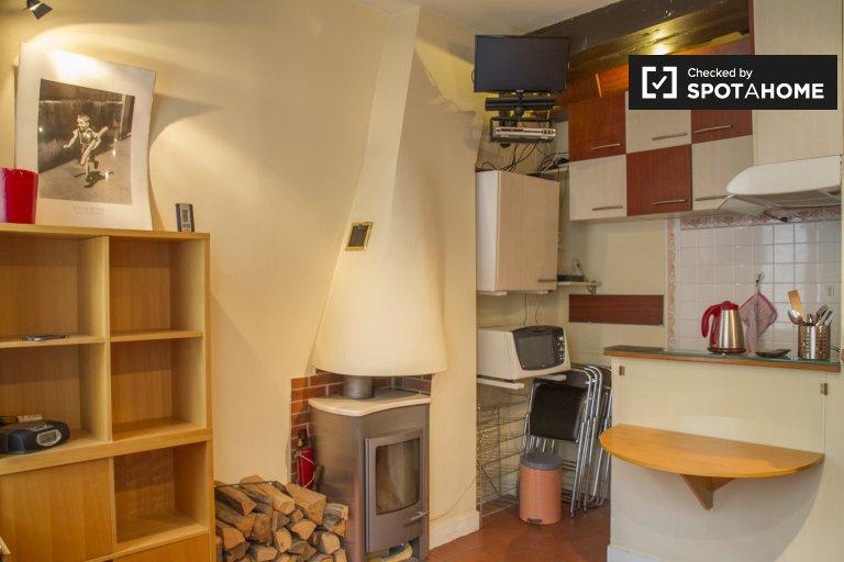 Studio apartment for rent in 5th Arrondissement, Paris