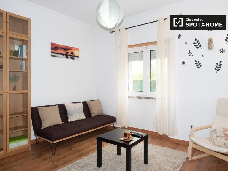 Stylish 1-bedroom apartment for rent, Lumiar, Lisbon