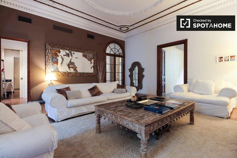 3-pokojowe mieszkanie do wynajęcia w Eixample Dreta, Barcelona