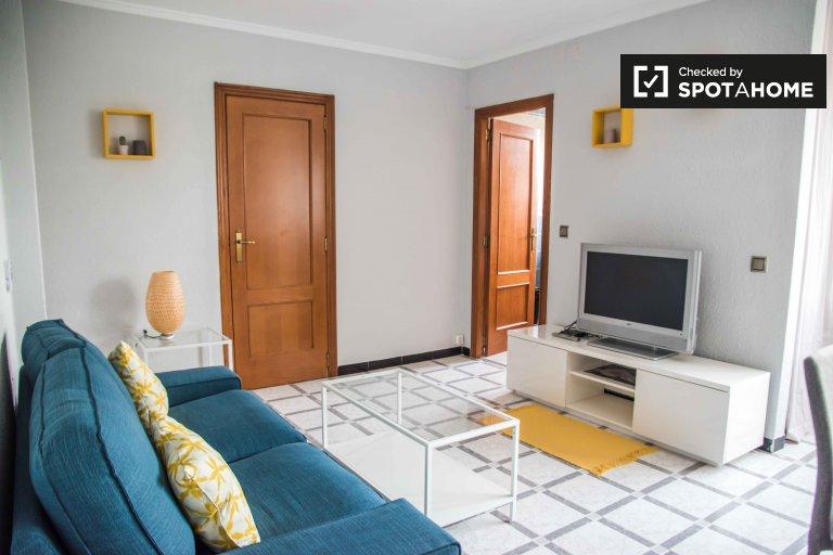 Gran piso de 3 dormitorios en alquiler en Poblats Marítims, Valencia.