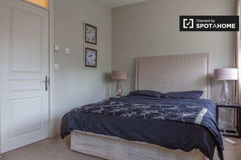 Chambre à louer dans confortable maison de 3 chambres à Clonee