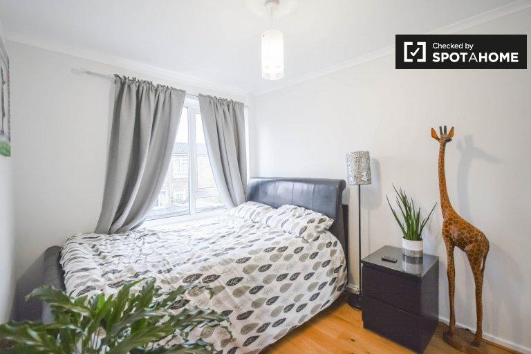 Quarto elegante em apartamento compartilhado em Battersea, Londres