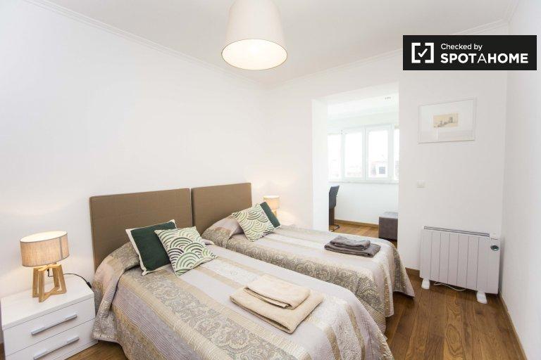 Merveilleuse chambre dans un appartement de 4 chambres à Arroios, Lisbonne