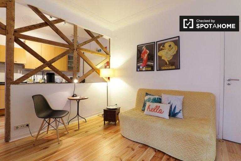Appartamento con 1 camera da letto in affitto ad Arroios, Lisbona