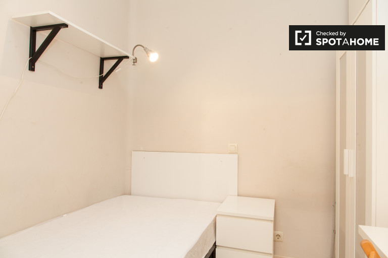 Bedroom 3 - single bed