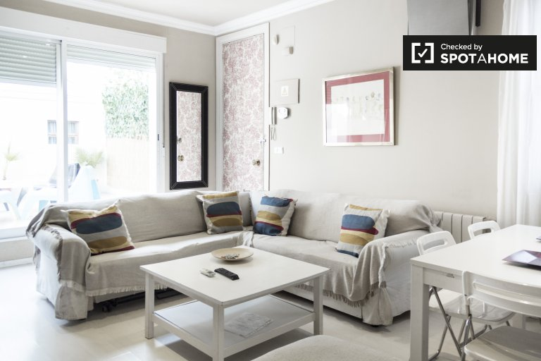 Modern 3-bedroom apartment for rent in Chueca, Madrid