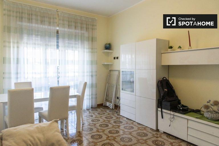 Apartamento de 1 quarto brilhante para alugar em Ostiense, Roma