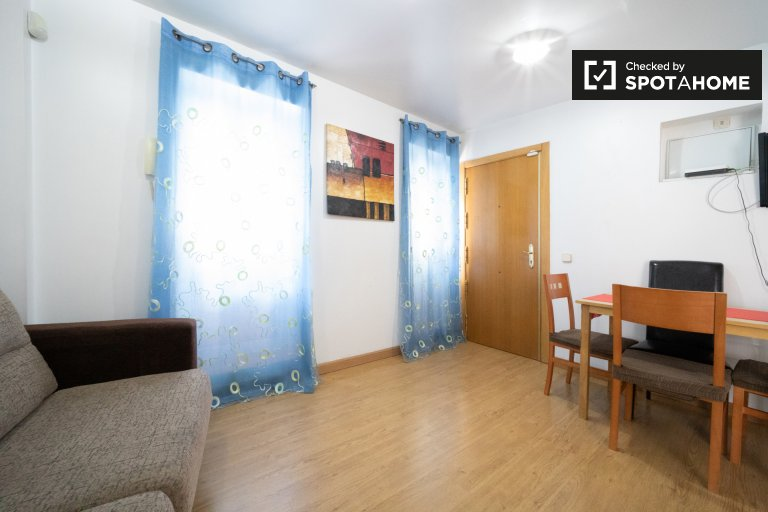 Sunny 1-bedroom apartment for rent in Carabanchel, Madrid