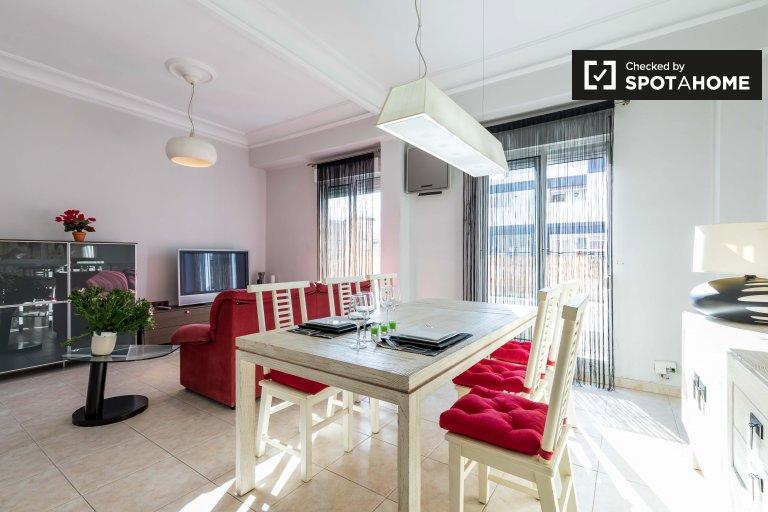 Elegancki 2-pokojowy apartament do wynajęcia w Ruzafa, Valencia