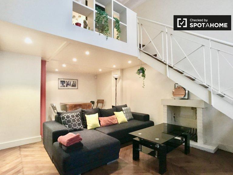 Appartamento con 1 camera da letto in affitto a Parigi 16