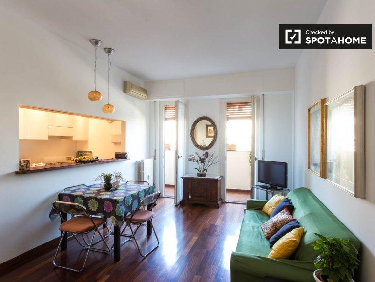 Apartamento confortável de 1 quarto para alugar em Porta Vittoria