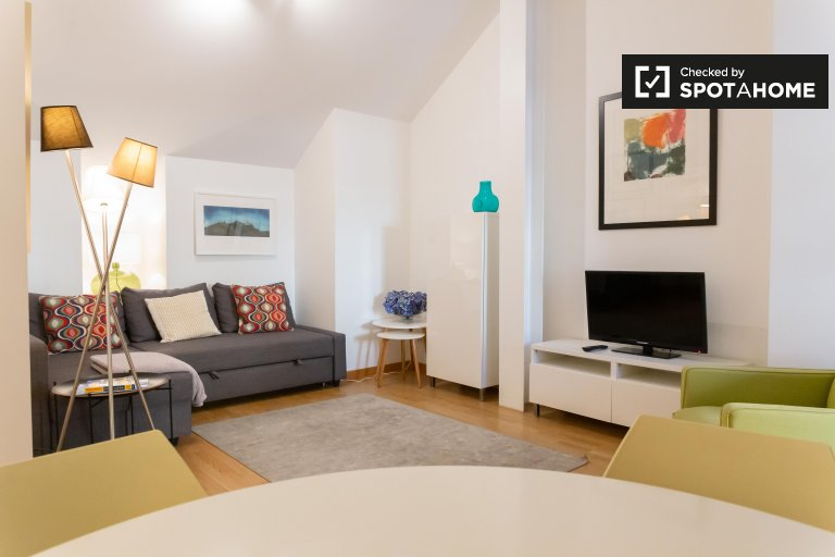 Lizbon, Chiado'da kiralık 1 yatak odalı daire