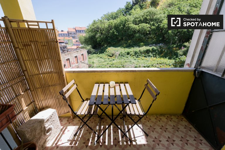 3-bedroom apartment for rent in Arroios in Lisbon