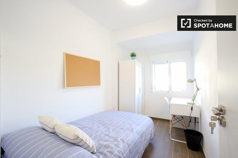Camins al Grau 4 yatak odalı daire Kiralık oda
