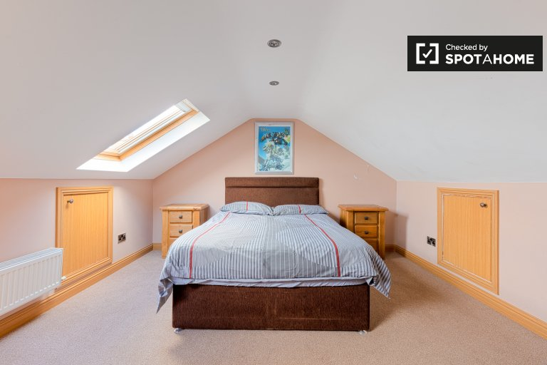 Chambre à louer dans maison partagée à Ballycragh, Dublin
