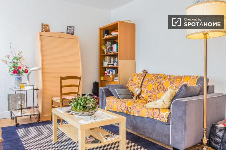 Elegant 1 Bedroom Apartment in Caluire et Cuire, Lyon