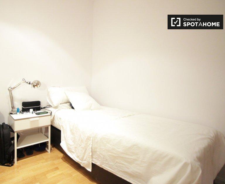 Habitación en apartamento de 3 dormitorios, Sarrià-Sant Gervasi, Barcelona