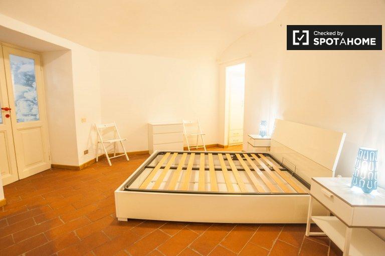 Cichy pokój do wynajęcia w apartamencie w Salario