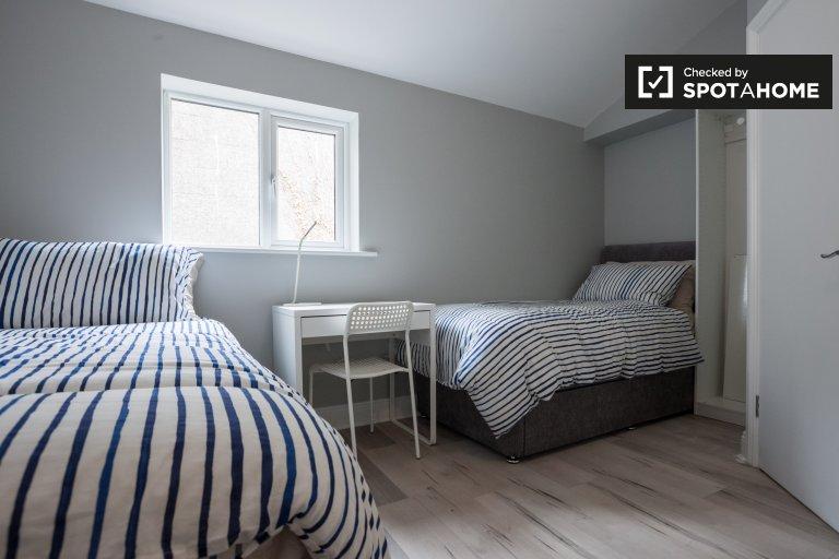 Chambre confortable dans une maison de 9 chambres à Stoneybatter, Dublin
