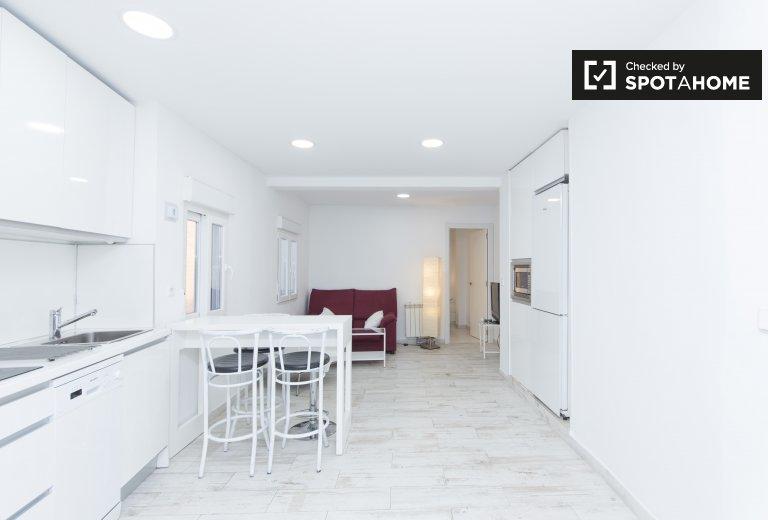 3-bedroom apartment for rent in Puente de Vallecas, Madrid