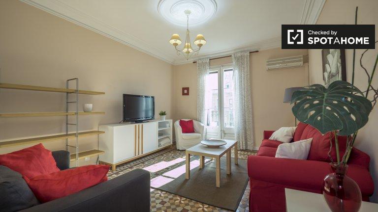 Espaçoso apartamento de 2 quartos para alugar em Dreta de l'Eixample