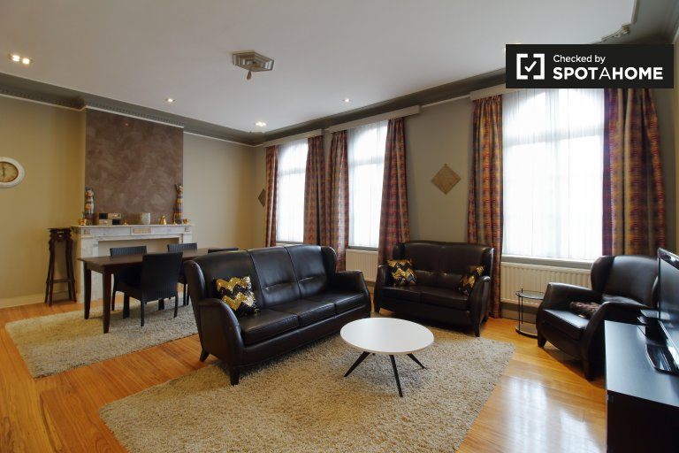 Stylish 2-bedroom apartment for rent in Molenbeek, Brussels