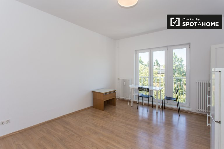 Studio apartment to rent in Kreuzberg, Berlin