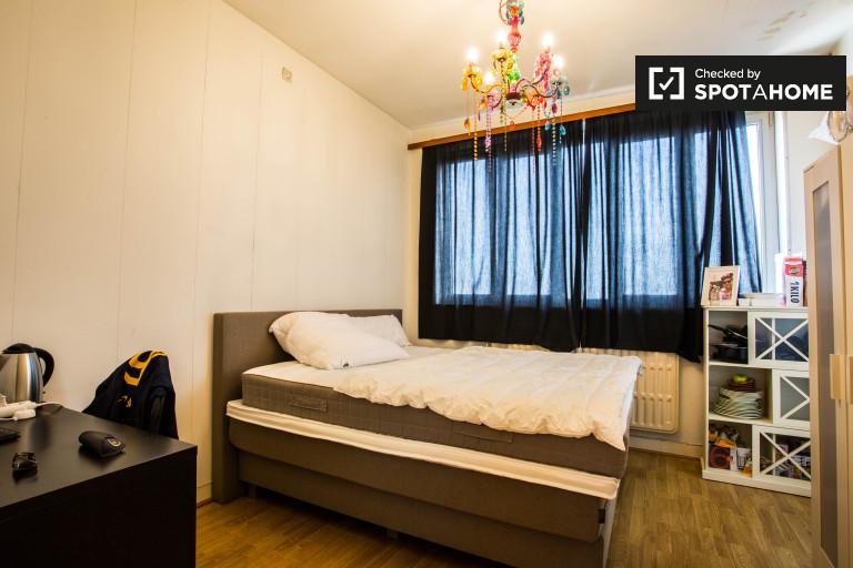 Double Bed in Rooms for rent in stylish 2-bedroom apartment in Schaerbeek