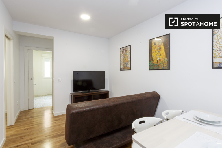Modern 2-bedroom apartment for rent in Salamanca, Madrid